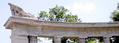Vienna Soviet war memorial