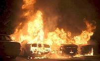 Malmö: burning cars