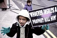 Muslim kid: Kill those who insult the Prophet!