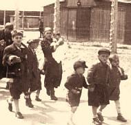 Auschwitz kids