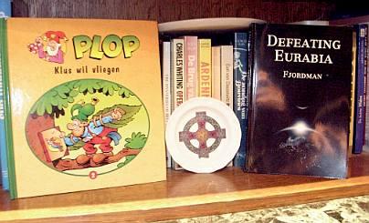 DowneastBlog bookshelf