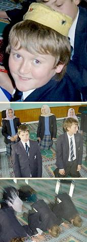 Hazelgrove visits a mosque